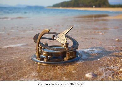 Sundial Stock Images Royalty Free Images Amp Vectors