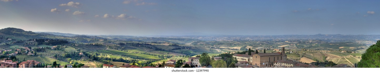 Panorama Val d'Elsa under the hill on which San Gimignano, the town of beautiful towers, stands