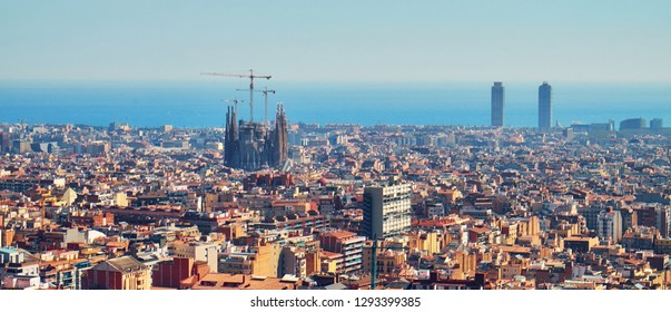 Panorama view of Barcelona from a hill at the park Guel