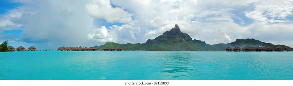 Panorama view of Bora Bora , the famous island of French Polynesia , south Pacific .