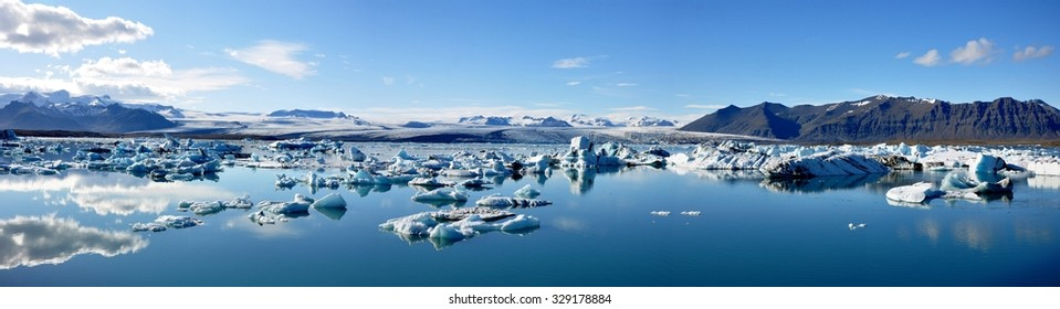 Panorama view of Jokulsarlon glacial lake in Iceland