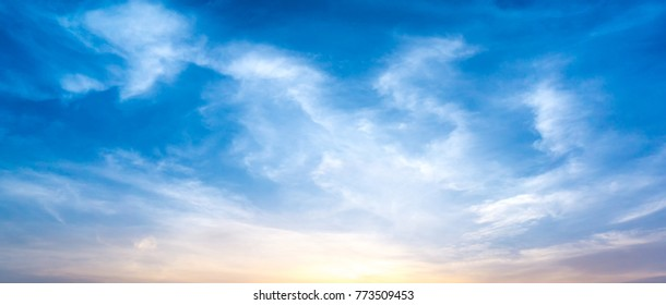 Panorama view of morning sky and cirrus cloud