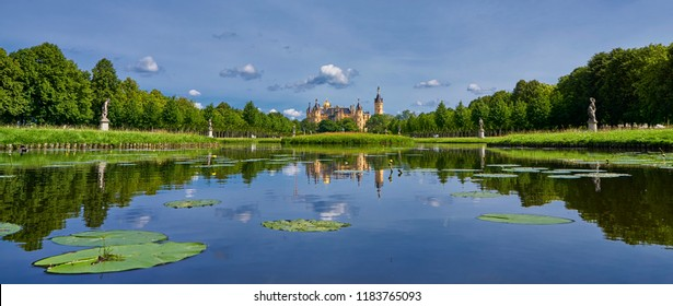 Panorama view on the Schwerin Castle. The Schwerin Castle is the seat of the state parliament of Mecklenburg-Vorpommern.
