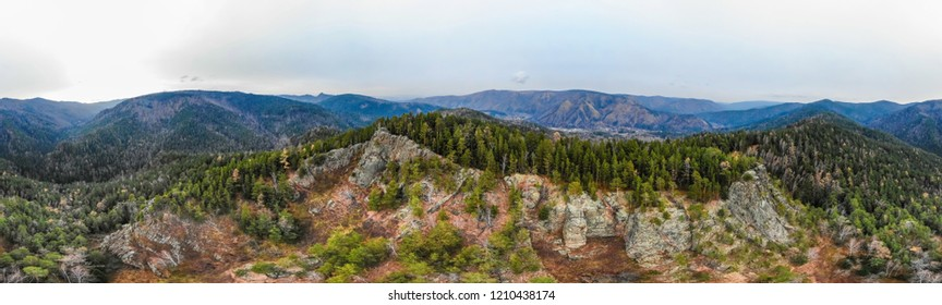 Panorama, view of rocks and the wood in national park, in Russia, Siibir, shooting from air