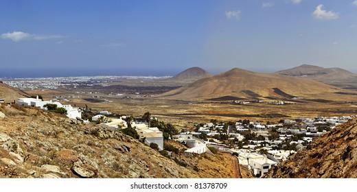 Panorama von Nazaret, einer Ortschaft auf Lanzarote.