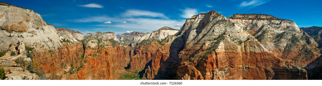 panorama of Zion National Park (more than 6,000 pixels wide)
