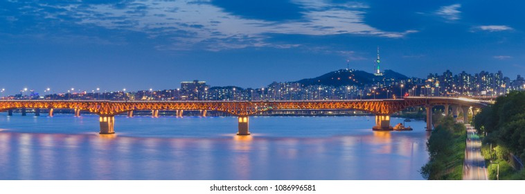 Panorama,Korea , Seoul at night,Seongsu bridge of Hangang river in seoul,south korea.