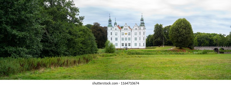 Panoramaphoto of the castle of Ahrensburg, Germany,