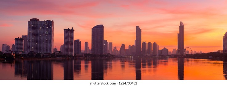 panorama,The sky is the miracle of Bangkok at the Chao Phraya River.