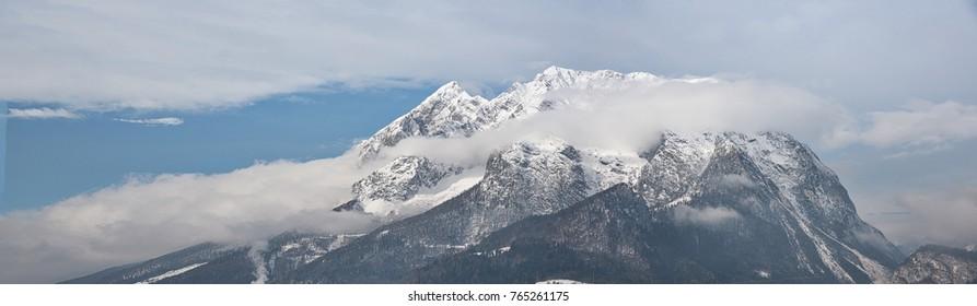 Panoramaview to the Mountain