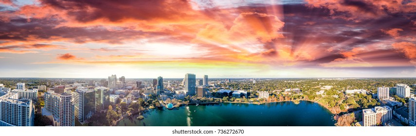 Panoramic aerial view of Lake Eola and surrounding buildings, Orlando - Florida.
