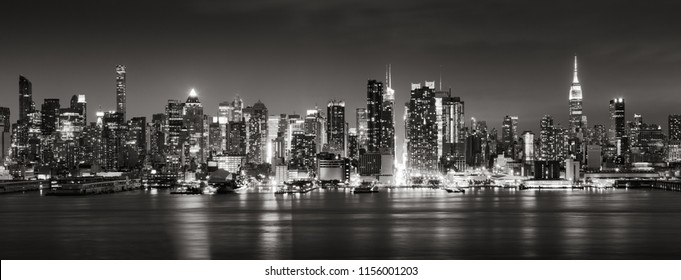 Panoramic Black & White view of Midtown West skyscrapers with the Hudson River. Manhattan, New York City