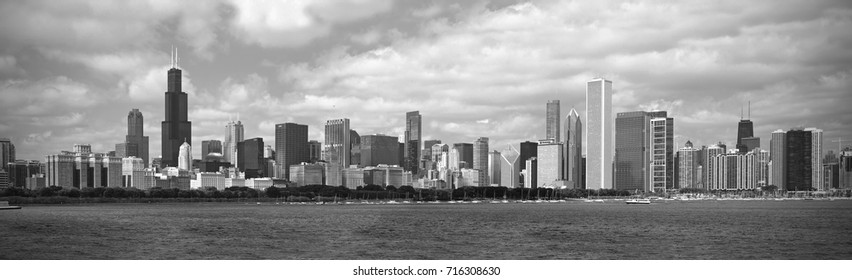 Panoramic black and white view of the Skyline of Chicago.