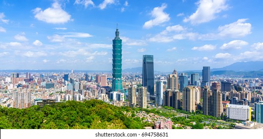 Panoramic of city Taipei with capital building Taipei 101, Taiwan