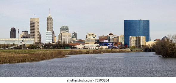 Panoramic Indianapolis - distant view accross the river