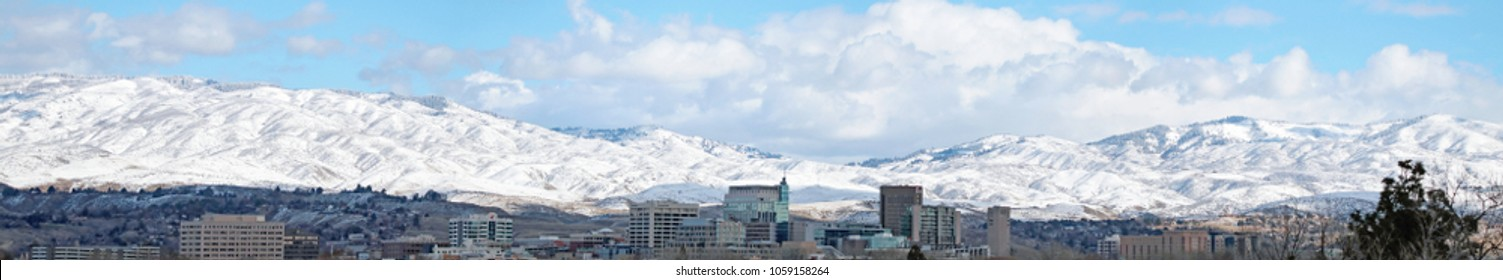 panoramic landscape of boise idaho in the winter