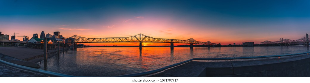 Panoramic of the Ohio River in Louisville Kentucky