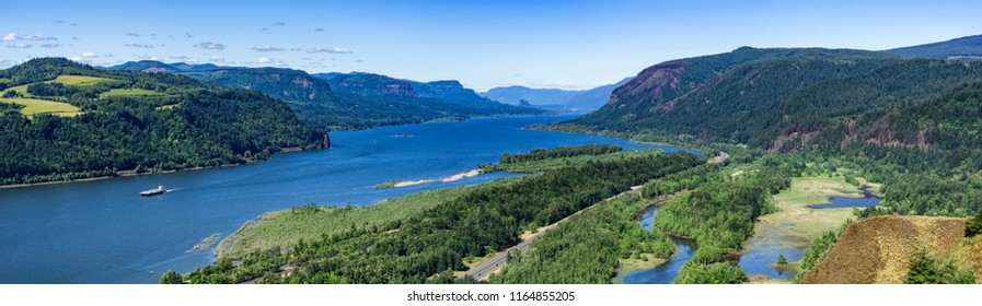Panoramic overlook view of the Columbia River gorge from the Vista House, Oregon, USA.