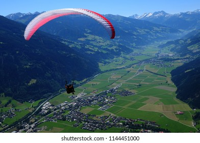 Panoramic paragliding view from Spieljoch to the Zillertal valley