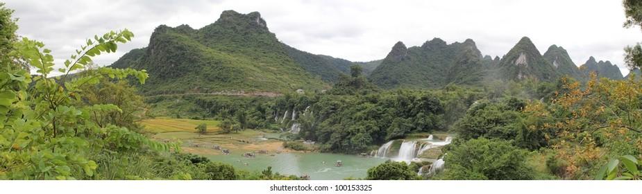 Panoramic photo of Detian Falls, at the border between China and Vietnam