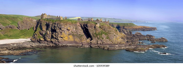 Panoramic photo of Dunnottar Castle, Stonehaven, Scotland, UK