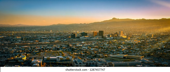 A panoramic photo of sunset on the US-Mexico border in El Paso, Texas.
