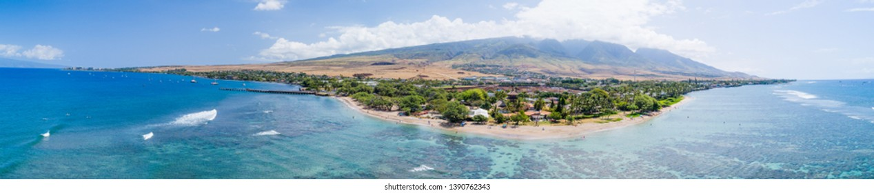 Panoramic picture of Baby Beach in Lahaina Maui, Hawaii