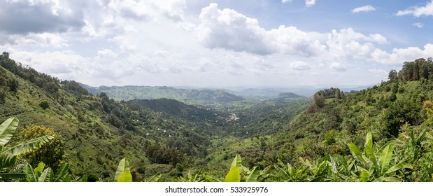 Panoramic picture of Mont Oku, wilderness landscape, Cameroon.