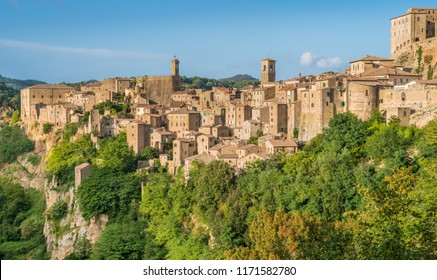 Panoramic sight of Sorano, in the Province of Grosseto, Tuscany (Toscana), Italy.