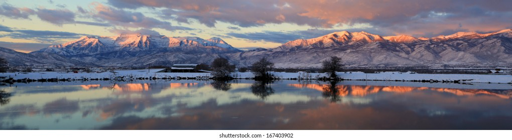 Panoramic sunrise landscape in the Wasatch Mountains, Utah, USA.