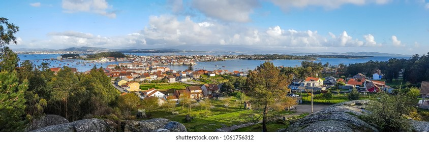 Panoramic view of Arousa Island from Con do Forno viewpoint