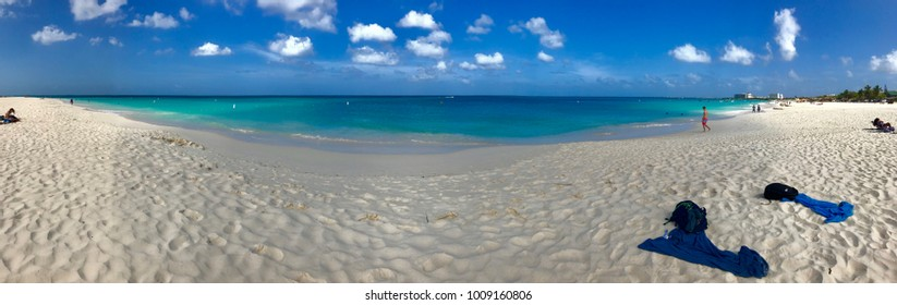 panoramic view of the Aruba eagle beach