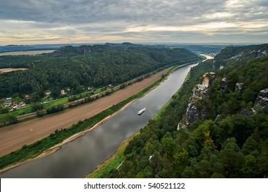 Panoramic view from the Bastei over the Elbe valley, Elbe Sandstone Mountains, Rathen, Saxon Switzerland National Park, Nationalpark Sachsische Schweiz, Germany, Europe