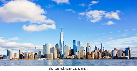 panoramic view of beautiful skyline of lower manhattan new york city usa