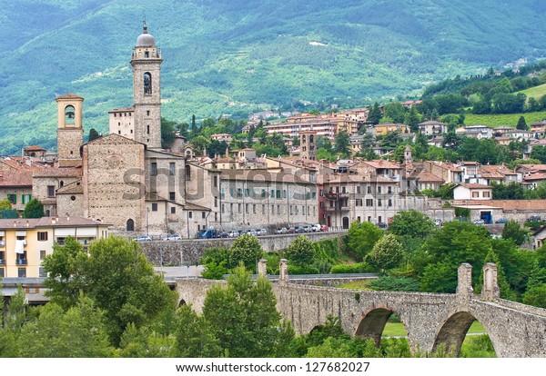 panoramic-view-bobbio-emiliaromagna-ital
