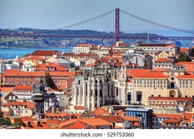 Panoramic view of the center of Lisbon from the neighborhood of Alfama