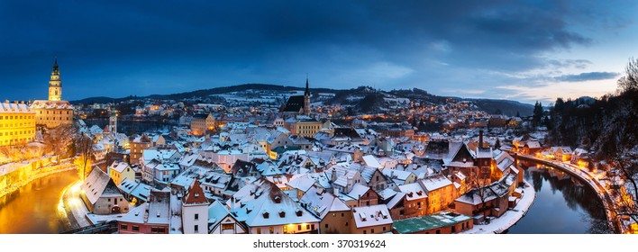 Panoramic view of Cesky Krumlov in winter