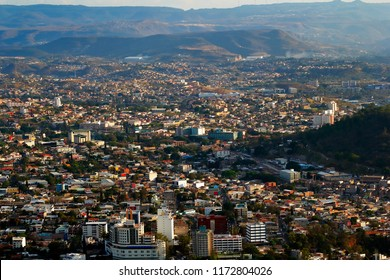 A panoramic view of the city of Tegucigalpa, Honduras during the afternoon.