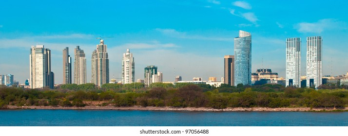 Panoramic view of coast of the city of Buenos Aires