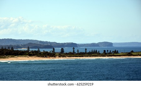 Panoramic view of Dee Why beach and Long Reef Headland from Dee Why Head (Sydney, NSW, Australia).