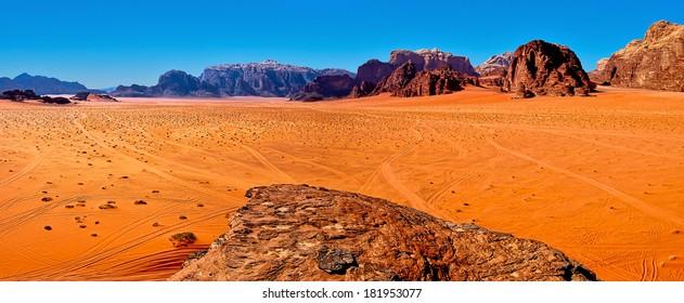 Panoramic view of the desert of Wadi Rum, Jordan.