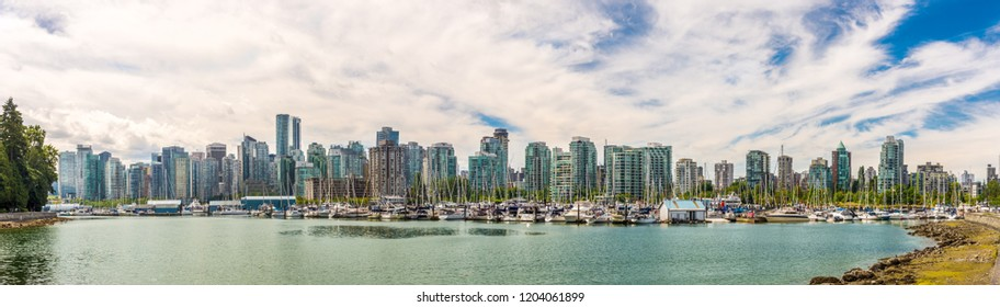 Panoramic view at the Downtown of Vancouver from Stanley Park, Canada
