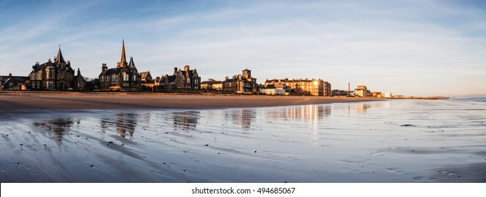 Panoramic view of Edinburgh's Portobello beach and esplanade at sunrise. Scotland, UK