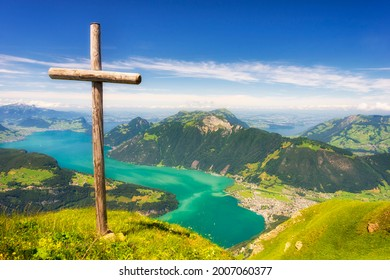 Panoramic view from Fronalpstock over lake Lucerne and the Swiss Alps.