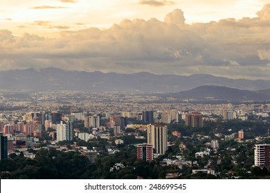 A panoramic view of Guatemala city in the afternoon.