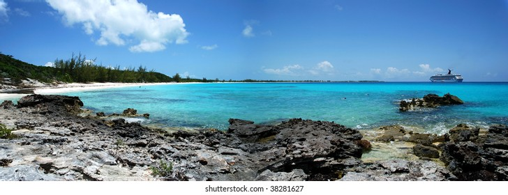 The panoramic view of Half Moon Cay beach, touristic destination in The Bahamas.