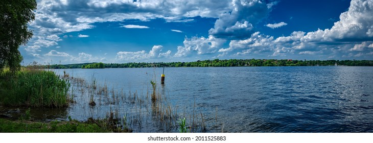 """Panoramic view from the """"Heckeshorn"""" at the banks of Berlin """"Insel Wannsee"""" (""""Wannsee Island"""") to river Havel, Wannsee, Grunewald forest and the island of Schwanenwerder"""