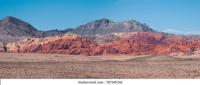 Panoramic view of hills of the Red Rock Canyon (Nevada), during a sunny day of summer.