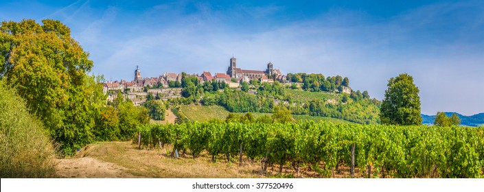 Panoramic view of the historic town of Vezelay with famous Abbaye Sainte-Marie-Madeleine de Vezelay), a UNESCO World Heritage site since 1979, on top of a hill, Yonne department, Burgundy, France