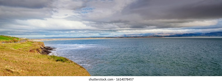 Panoramic view of Inch Beach. Blue-Flag Inch Beach lies on Daingean Bay on the Dingle Peninsula. One of the beautiful beach in Ireland.